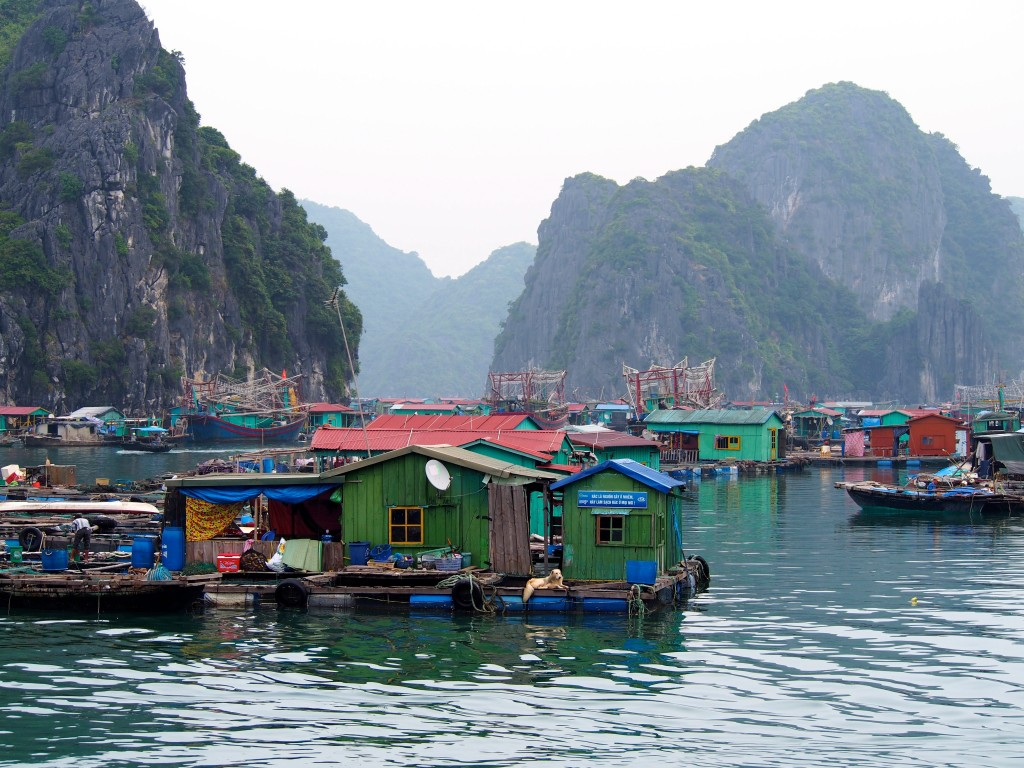 vietnam floating villages