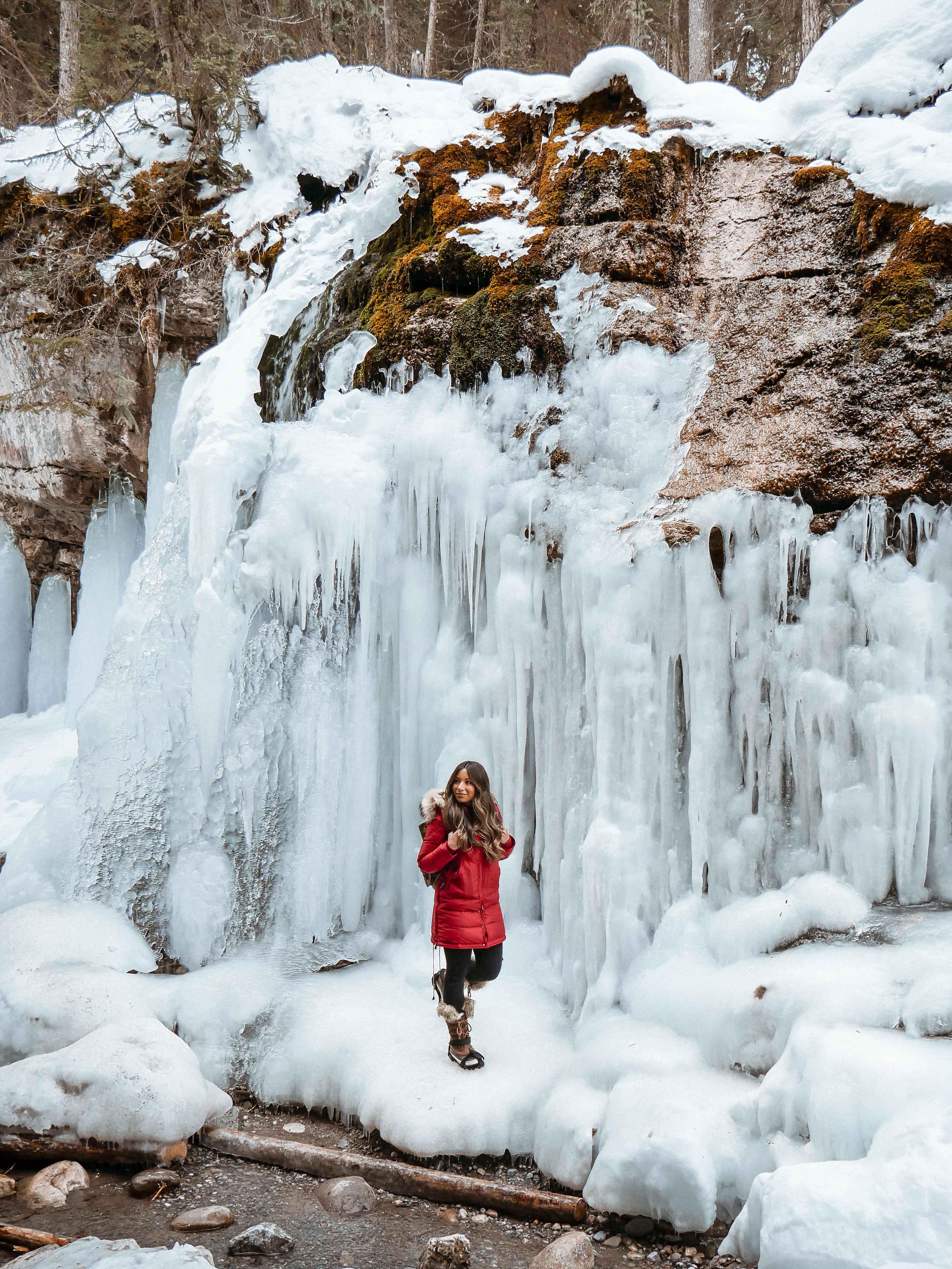 Maligne Canyon Jasper Winter